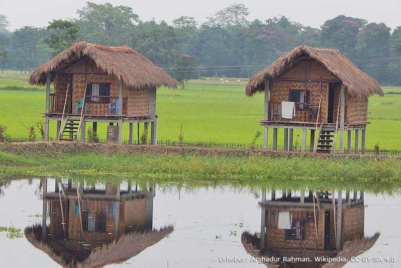 Bambushütten auf Majuli
