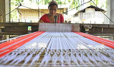 Weben gehört zu den populärsten Beschäftigungen auf Majuli.